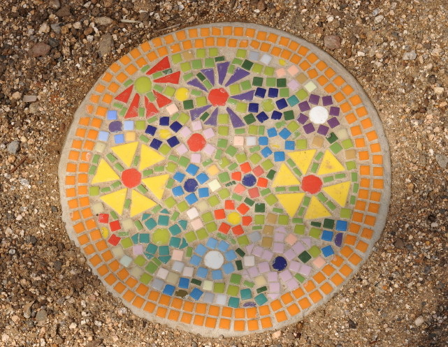 Mosaic Classes - Garden Paver at ClayMotion Ballarat Victoria
