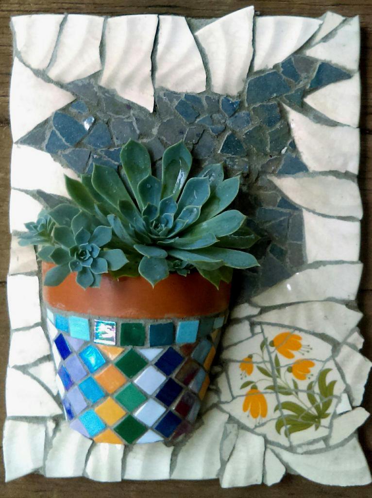 Mosaic Workshop - Make your own Mosaic Terracotta Pot Garden Wall Hanger at ClayMotion Ballarat Victoria